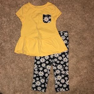Girls yellow Daisy outfit sz 6